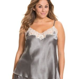 Tru to you cacique lingerie top 22/24 grey 3X